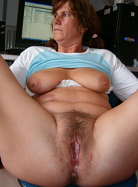 Milf gets huge facial