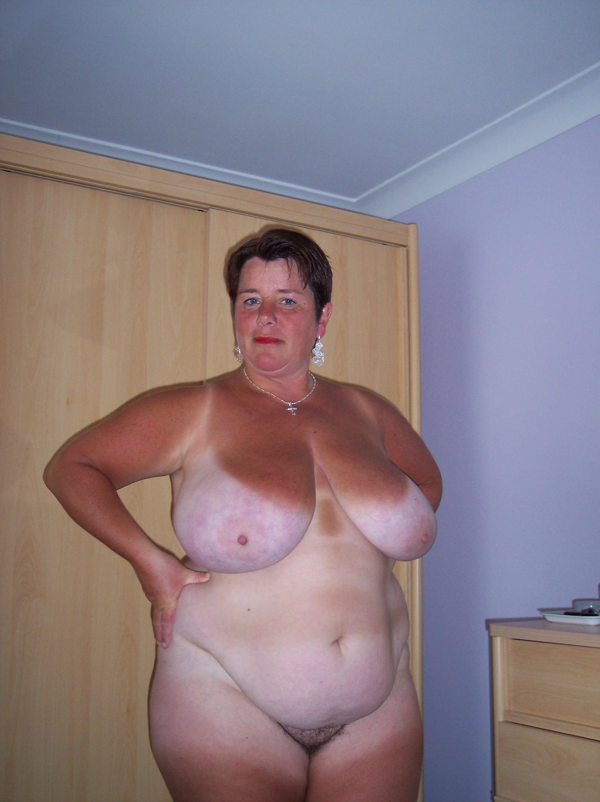 Chubby women free pictures wife. Happy