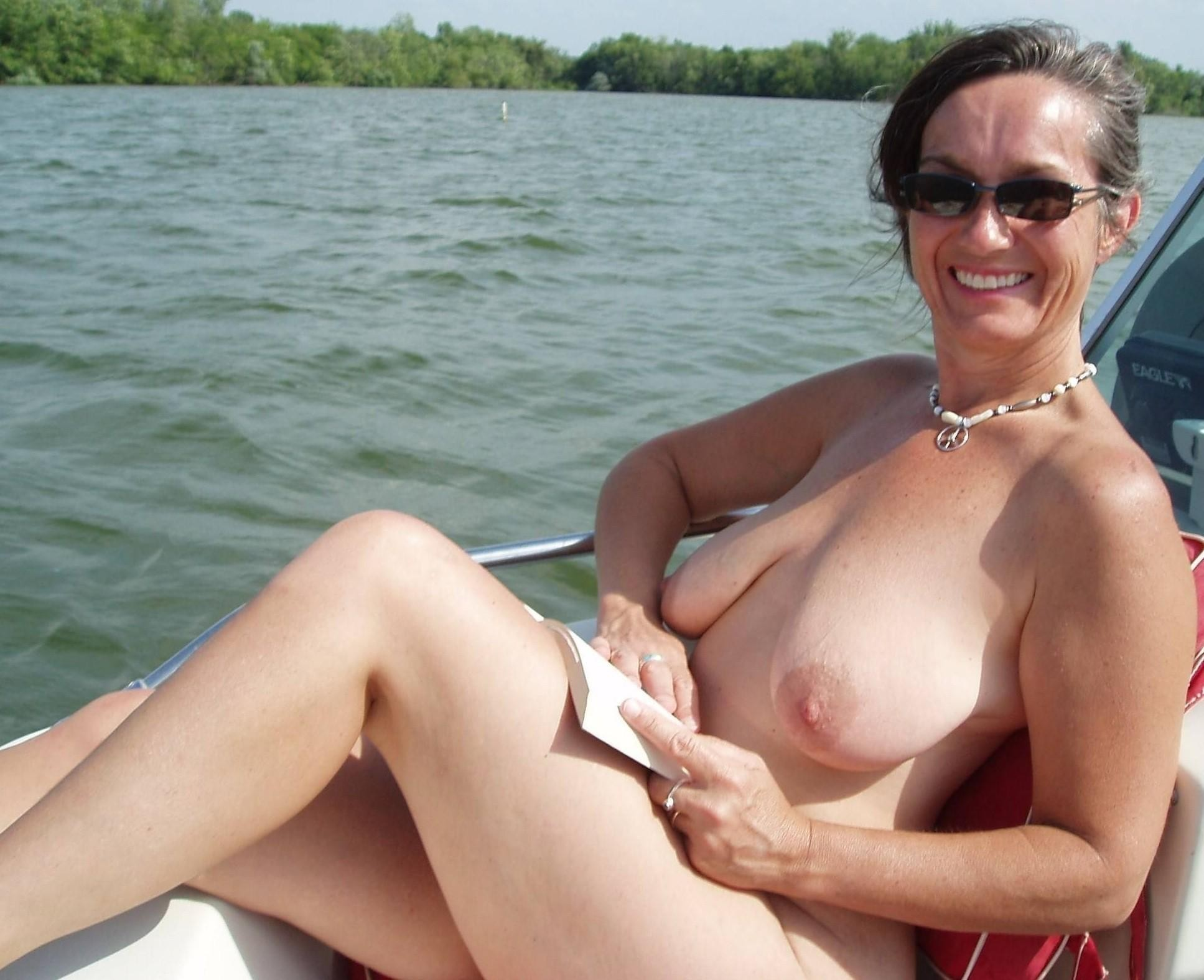 amateur nude wife beach