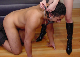 Dirty mistress ties her cute slave Image 4
